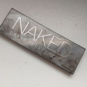 Gently used urban decay naked smoky pallette